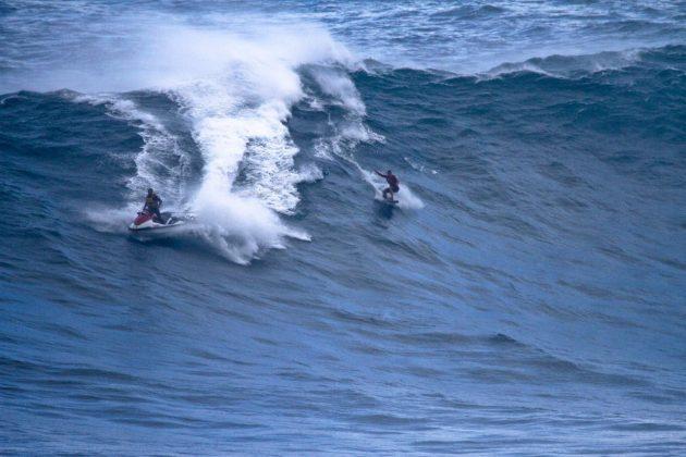 Michaela Fregonese e Jorge Pacelli, Jaws, Maui, Havaí. Foto: Aaron Lynton / @aaronlynton.
