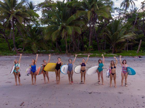 BBQ Only Girls, Costa Rica. Foto: Alex Thompson.
