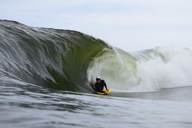 Eric Poseidon, Shorebreack, Copacabana (RJ). Foto: @henriquefocaimages.