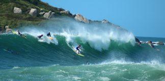 Surfistas lançam petição