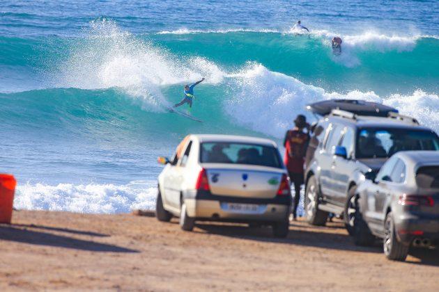 Tristan Guilbaud (FRA) e Liam O'Brien (AUS), Pro Taghazout Bay, Marrocos. Foto: WSL / Masurel.
