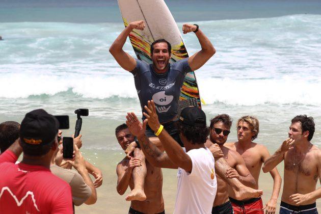 Ramzi Boukhiam, Oi Hang Loose Pro Contest 2020, Cacimba do Padre, Fernando de Noronha (PE). Foto: WSL / Daniel Smorigo.