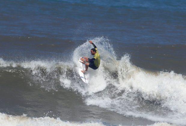 Gabriel Galdino, Circuito ASCAS 2020, Balneário Rincão (SC). Foto: Vivi Surf.