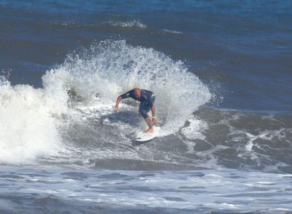 Rodrigo Viúdes, Circuito ASCAS 2020, Balneário Rincão (SC). Foto: Vivi Surf.
