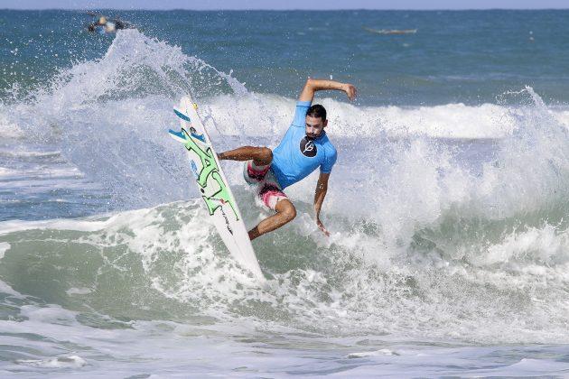 Amando Tenório, Pena Paracuru Pro 2020, Ronco do Mar (CE). Foto: Lima Jr.
