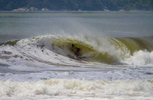 Matheus Navarro, Praia Brava, Itajaí (SC). Foto: Rafa Shot Photography.