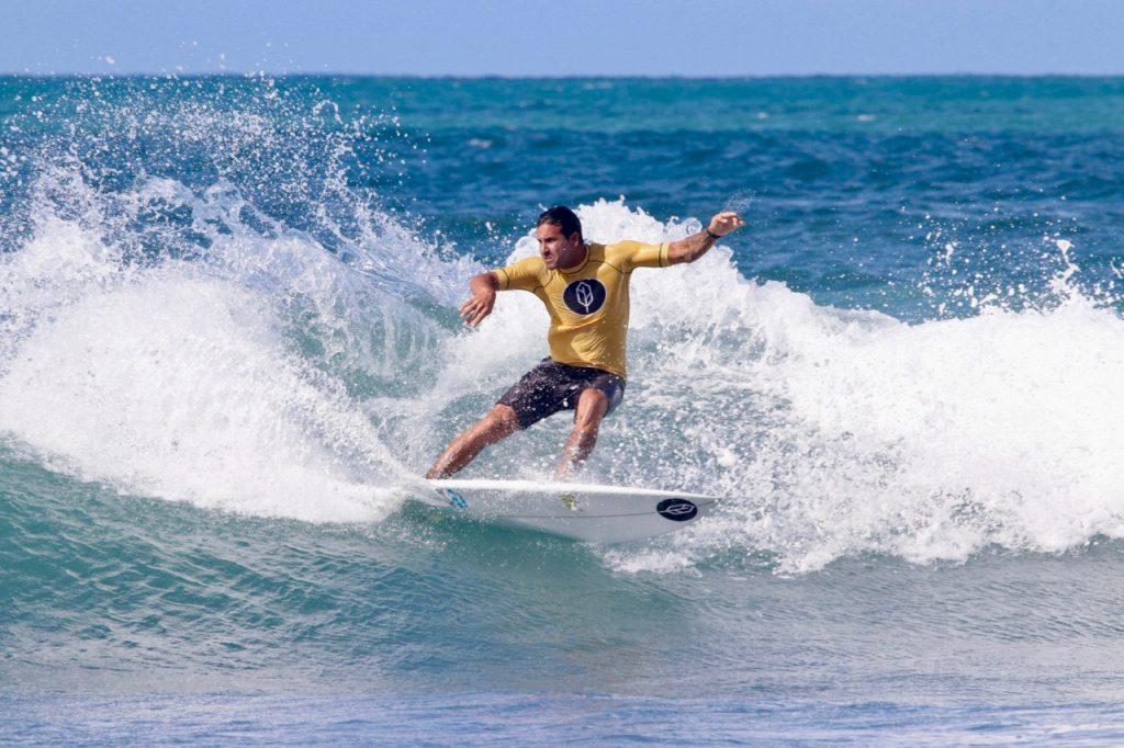 Atual campeão cearense, Alan Jhones é presença certa no Ronco do Mar.