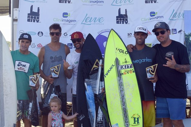 Pódio Master, Circuito ASCAS 2020, Balneário Rincão (SC). Foto: Vivi Surf.