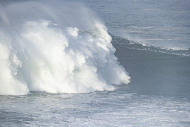 Time França, Nazaré Tow Challenge 2020, Praia do Norte, Portugal. Foto: WSL / Poullenot.