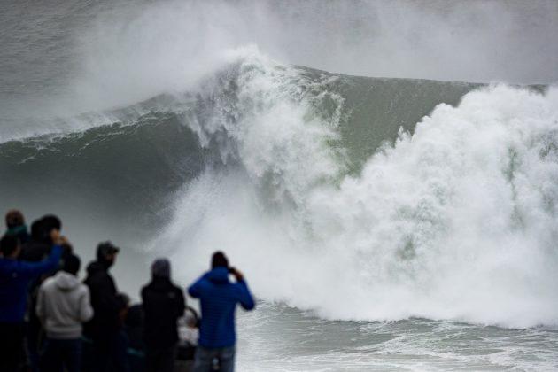 Nazaré Tow Challenge 2020, Praia do Norte, Portugal. Foto: WSL / Poullenot.