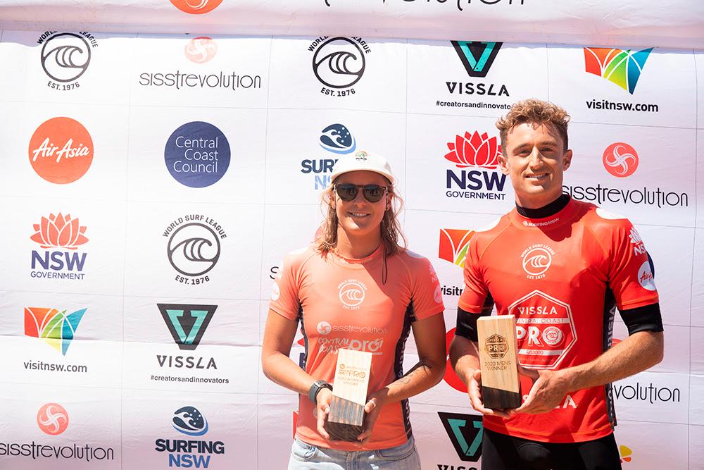 Sul-africana Sarah Baum domina QS 3.000 no feminino e Matt Banting leva a melhor entre os homens.