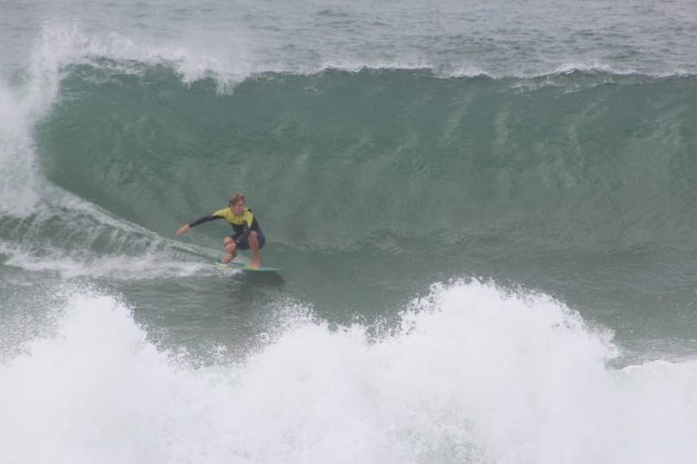 Lucas Fink, Manitiba, Saquarema (RJ). Foto: @rasgaback.
