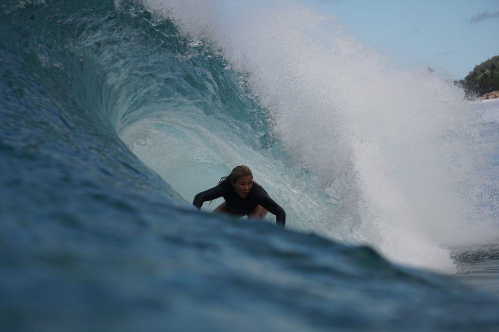 Em busca da evolução, Laura Raupp encara sua primeira temporada no Havaí.