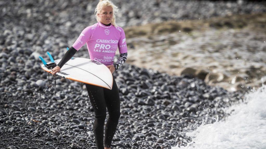 Eveline Hooft mora emScheveningen e é uma das promessas do surfe holandês.