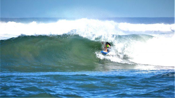 Henrique de Bona, Praia da Vila, Imbituba (SC). Foto: Henrique Buchele.
