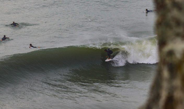 Giovani Banha, Praia da Cal, Torres (RS). Foto: Rodolfo Martins.