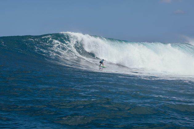 Keone Roitman, Waimea Bay, North Shore de Oahu, Havaí. Foto: Arquivo pessoal.