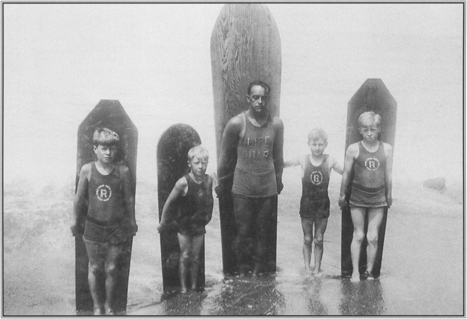Freeth também era salva-vidas e complementava a renda trabalhando como instrutor de natação.