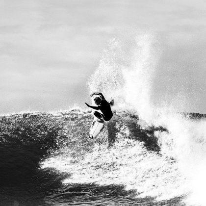 Mick Fanning, E-Bomb E7 Rip Curl. Foto: Divulgação.