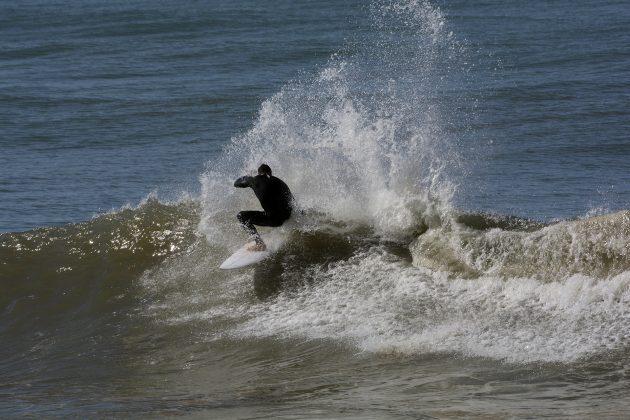 Pedro Gross, Praia da Cal, Torres (RS). Foto: Angelo Demore / @angelinphotos.