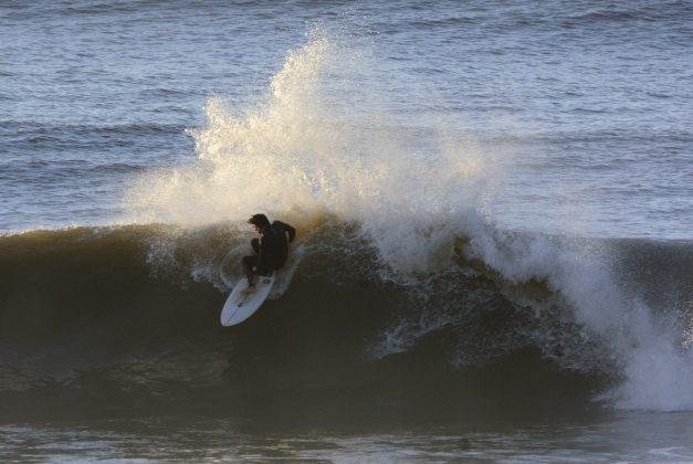 Ricardo Kjellin, Praia da Cal, Torres (RS). Foto: Angelo Demore / @angelinphotos.