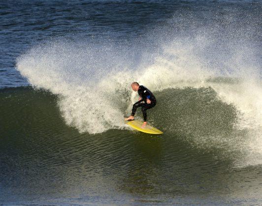 Fer Demore, Praia da Cal, Torres (RS). Foto: Angelo Demore / @angelinphotos.