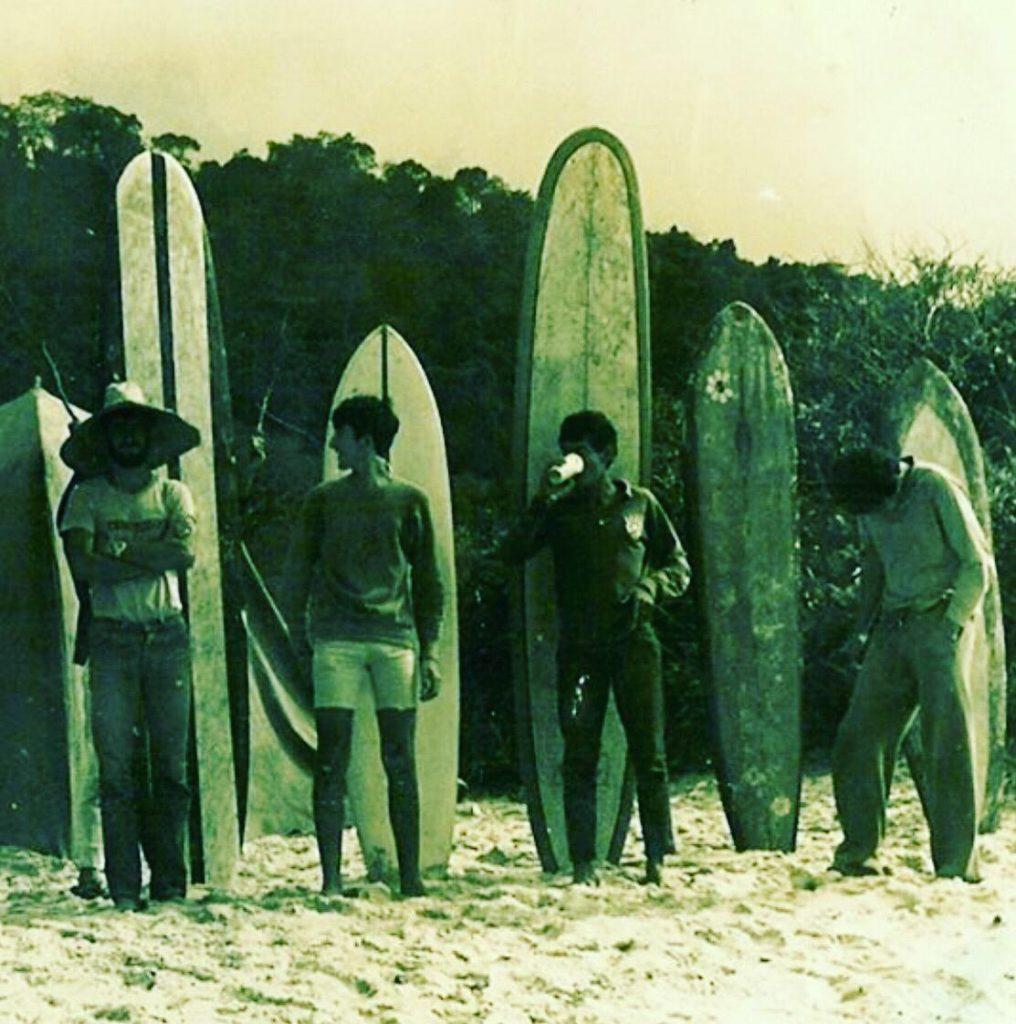 Sérgio Barletta com Homero escondido fazendo chifrinho, Junior Vergara, Zé Beto e João do Conde do Mar.