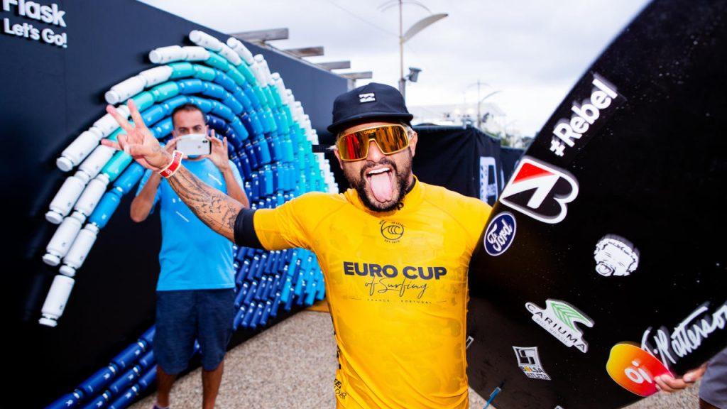Italo Ferreira vem de título na Euro Cup of Surfing.