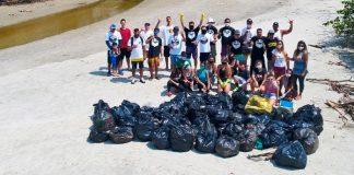 Mutirão limpa o Rio Itinga
