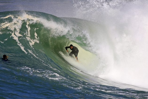 Onda do Inverno 2020, Itacoatiara, Niterói (RJ). Foto: Matheus Couto e Tony D'Andrea.
