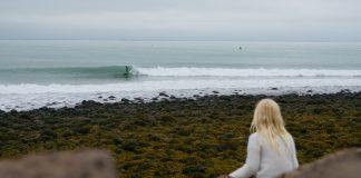 Islândia sobre as ondas
