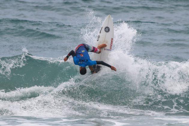 Amando Tenório, CBSurf Pro Tour 2020, Praia Grande, Ubatuba (SP). Foto: Daniel Smorigo.