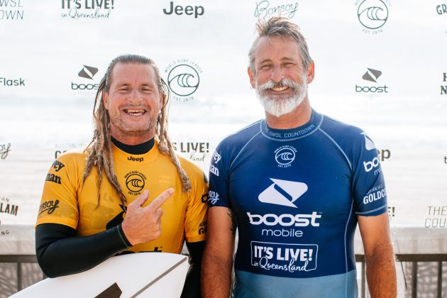 Occy e Brendan Margieson, Boost Mobile Pro 2020, South Straddie, Gold Coast, Austrália. Foto: WSL / Miers.