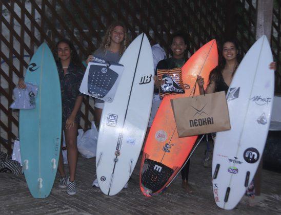 Pódio Feminino Sub 16, Kids Like Surfing 2020, Joaquina, Florianópolis (SC). Foto: Basilio Ruy/P.P07.
