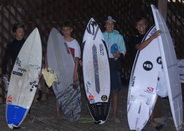 Pódio Sub 16, Kids Like Surfing 2020, Joaquina, Florianópolis (SC). Foto: Basilio Ruy/P.P07.