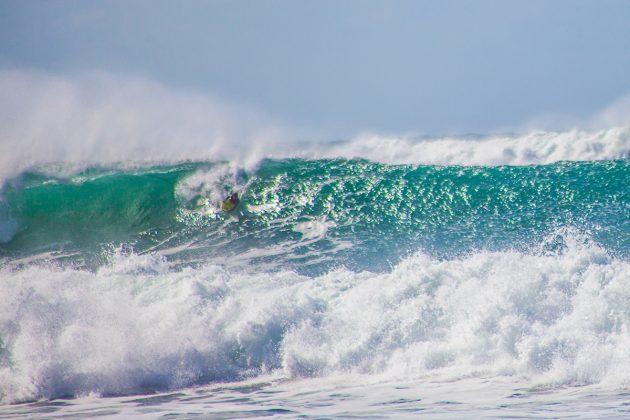 Camille Oliveira, Praia do Rosa, Imbituba (SC). Foto: Kaio Henrique / @surffissura.