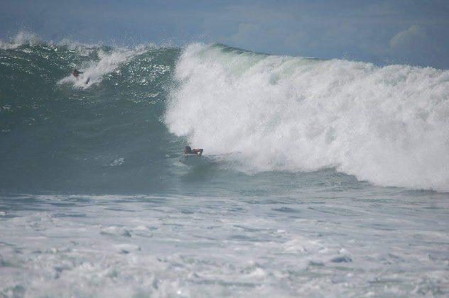 Camille Oliveira, Praia do Silveira, Garopaba (SC). Foto: Teresa Sukienik.