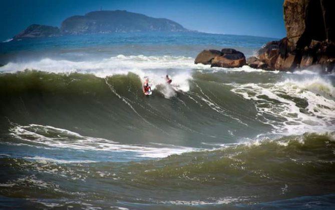 Camille Oliveira, Praia da Vila, Imbituba (SC). Foto: Carolina Scorsin.