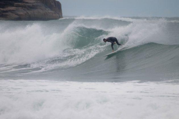 Francisco Carneiro, Praia do Rosa, Imbituba (SC). Foto: Andre Pinheiro / @andre_pinheiro_fotografia.