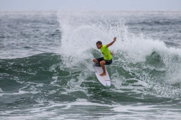Daniel Adisaka, Hang Loose Surf Attack 2020, Itamambuca, Ubatuba (SP). Foto: Daniel Smorigo.