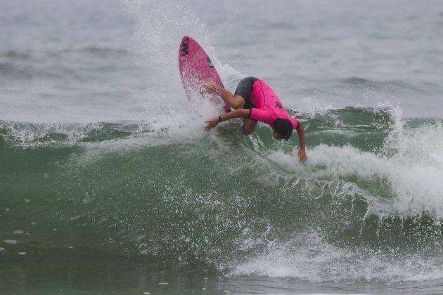 Diego Aguiar, Hang Loose Surf Attack 2020, Itamambuca, Ubatuba (SP). Foto: Daniel Smorigo.