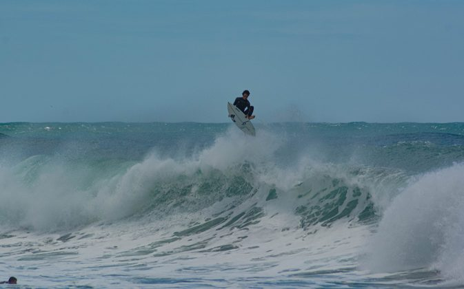 SNI, Praia do Rosa, Imbituba (SC). Foto: Edy Dal Ross / @startsurf.jpg.
