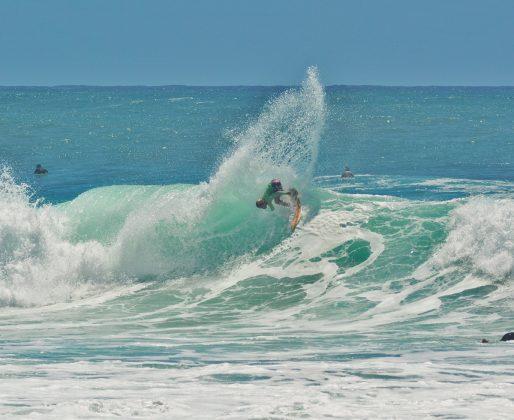 Gabriel Junior, Praia do Rosa, Imbituba (SC). Foto: Edy Dal Ross / @startsurf.jpg.