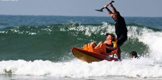 Taiu comanda surf adaptado