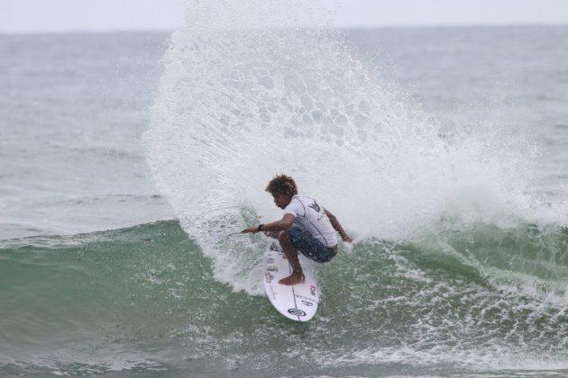 Sunny Pires, Hang Loose Surf Attack 2020, Itamambuca, Ubatuba (SP). Foto: Daniel Smorigo.