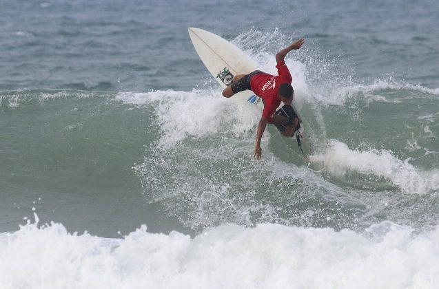 Ytalo Oliveira, Praia da Taíba, São Gonçalo do Amarante (CE). Foto: Lima Jr.