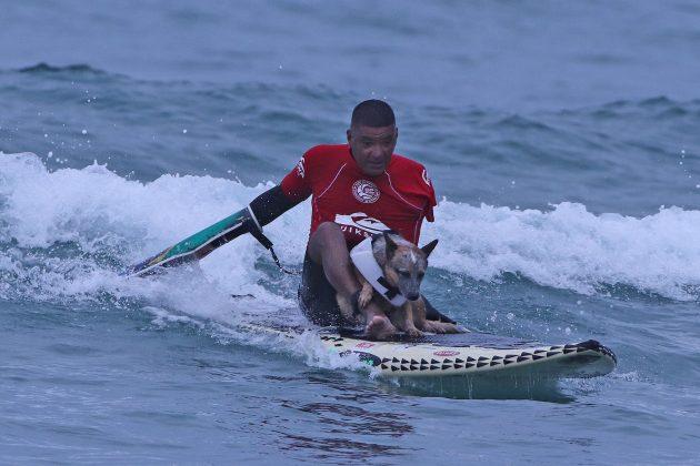 Surfe Adaptado e Surf Dog, Quiksilver Estadual 2020, Camburi, São Sebastião (SP). Foto: Munir El Hage.