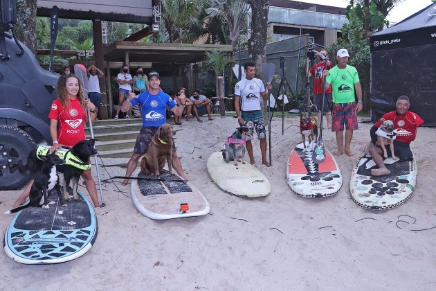 Surf Dog, Quiksilver Estadual 2020, Camburi, São Sebastião (SP). Foto: Munir El Hage.