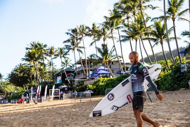Jadson André, Billabong Pipe Masters 2020, North Shore de Oahu, Havaí. Foto: WSL / Heff.