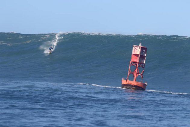 Tiago Monteiro, Avalanche, North Shore de Oahu, Havaí. Foto: Thiago Miara / Martin Sanches.